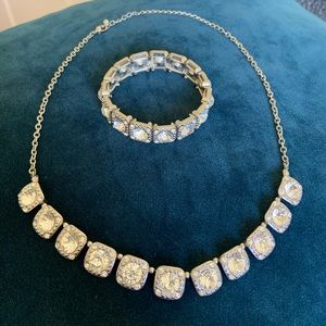 Francesca's Necklace and Bracelet Set